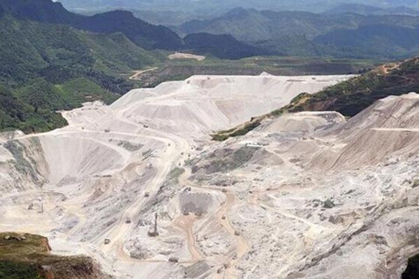 organic bentonite clay mine